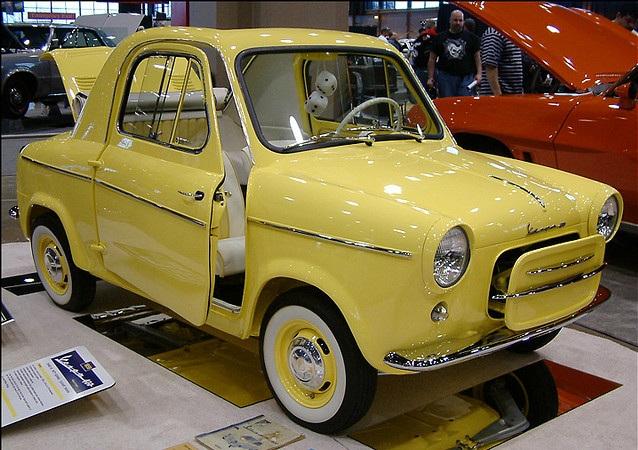 vespa-car-yellow